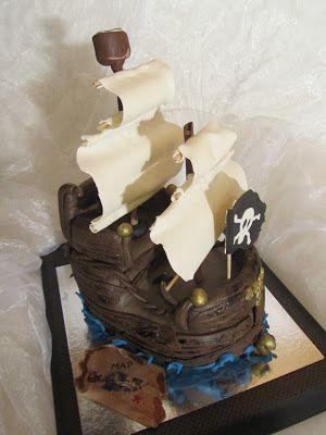 Purppurahelmen juhla- ja  fantasiakakut: Merirosvolaiva kakku