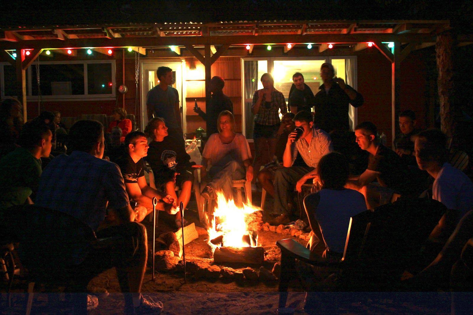 alfa img showing u003e backyard bonfire