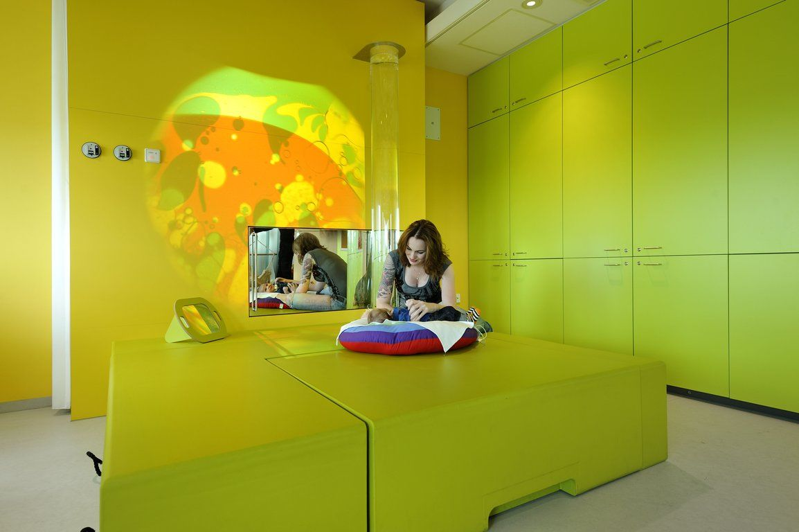 Sensory Room Components Including LED Projection And Soft Furniture At Emma  Childrenu0027s Hospital At AMC |