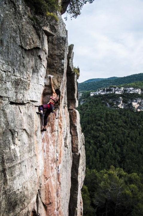 Pin By Frank Michael Preuss On Don T Try This At Home Rock Climbing Mountaineering Climbing Rock Climbing Training