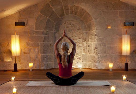Foyer Ceiling Yoga : Sala de yoga buscar con google transpersonal