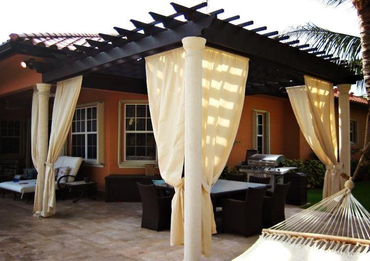 pergola en bois avec rideaux 50 id es cools pour le jardin deco rideaux pergola pergola et