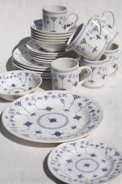 Finlandia Nordic Blue White China Churchill Chelsea Shape Dinnerware Set For 6 Blue And White Dinnerware Blue And White China Blue Dishes Table