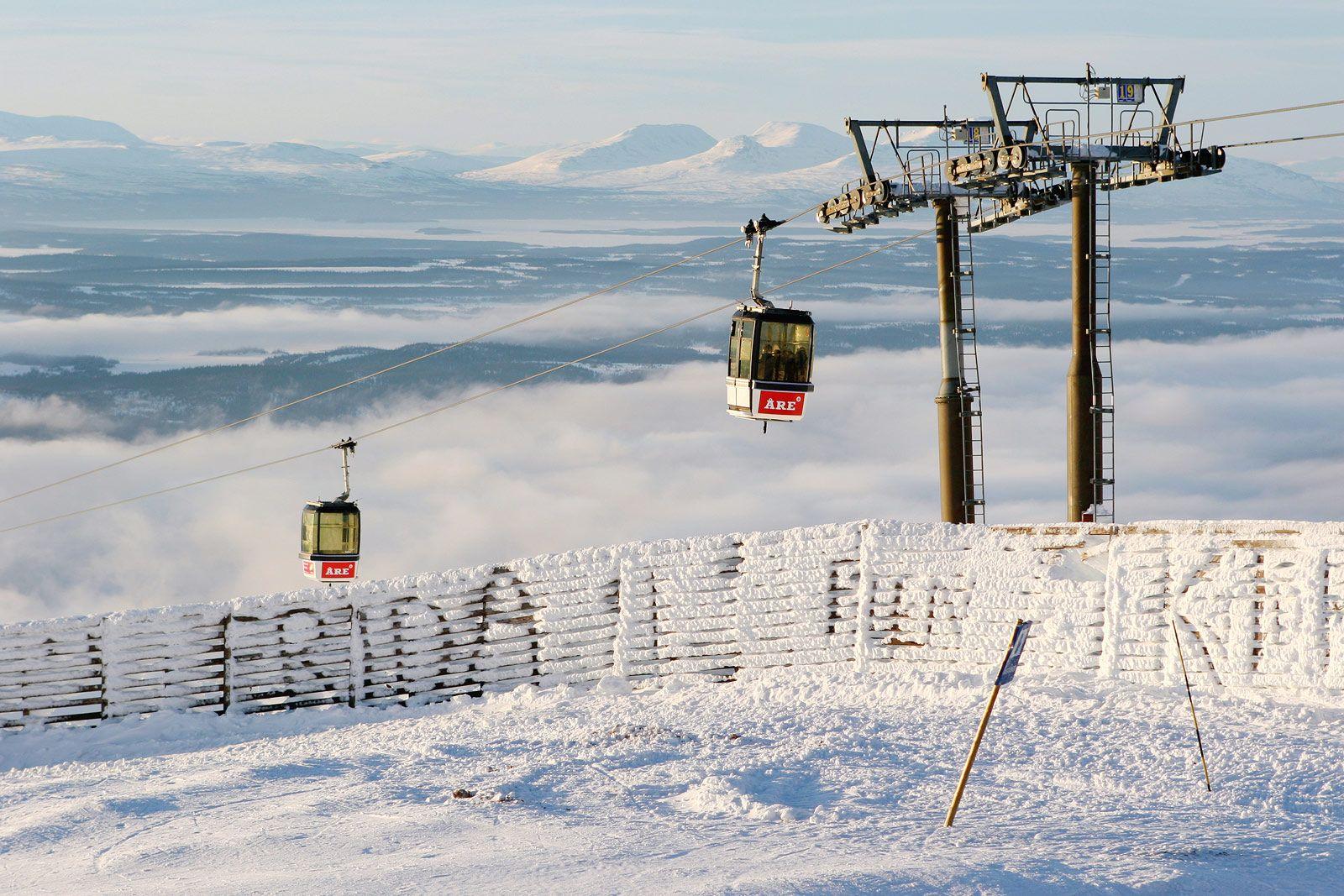 Åressa voi laskea yhdellä hissilipulla kolmessa toisiinsa yhdistyvässä hiihtokeskuksessa: Duvedissa, Åressa ja Björnenissä. Kuva: Simo Vunneli http://www.lumipallo.fi/hiihtokeskukset/ruotsi-ja-norja/are/