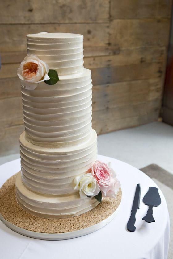 Sweet Heather Anne Detroit Weddingmetro Detroitercream Cakeann Arborheather