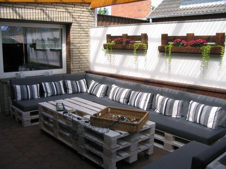 Palettenmöbel Bauen palettenmöbel selber bauen terrasse balkon sofa couchtisch wand