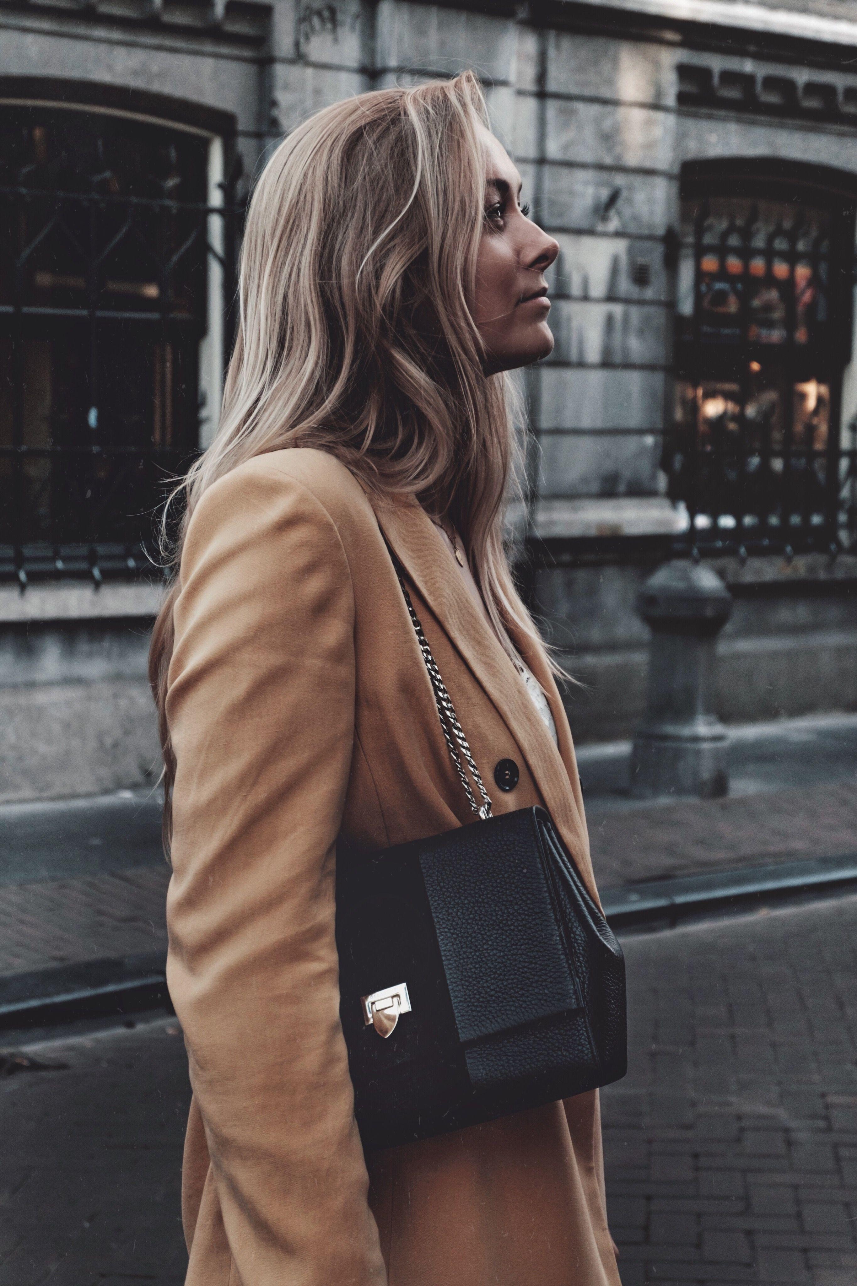 Sophie Feenstra Wearing Decadent Heidi Medium Bag In Black
