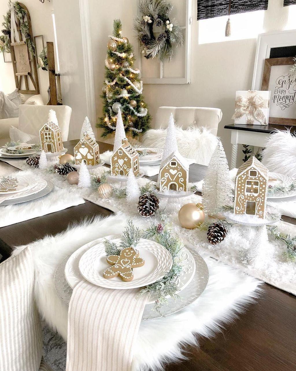 Budget Christmas Table Ideas Christmas Table Christmas Table Decorations Holiday Table Decorations