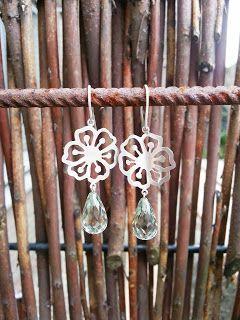 Idylliz Earrings Silver. Flowers