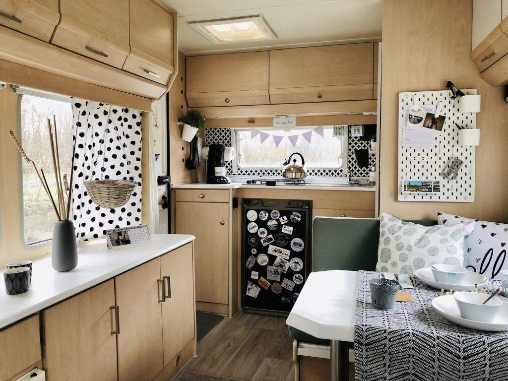 71 Luxury Large Modern Bedroom Design Ideas Avec Images Tente Roulotte