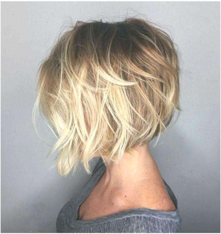 Die Modernen Bob Frisuren Mit A Linie Hinten Kurz Vorne Lang Frisuren Dam Alinie In 2020 Bob Haare Moderne Bobfrisuren Mittellange Haare Frisuren Einfach