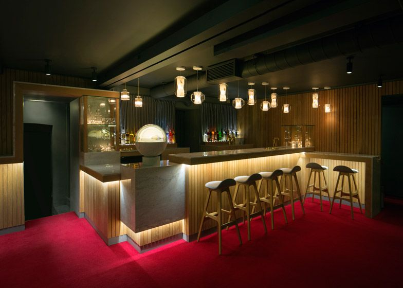 lee broom pairs oak and marble for london restaurant interior - Marble Cafe Decoration