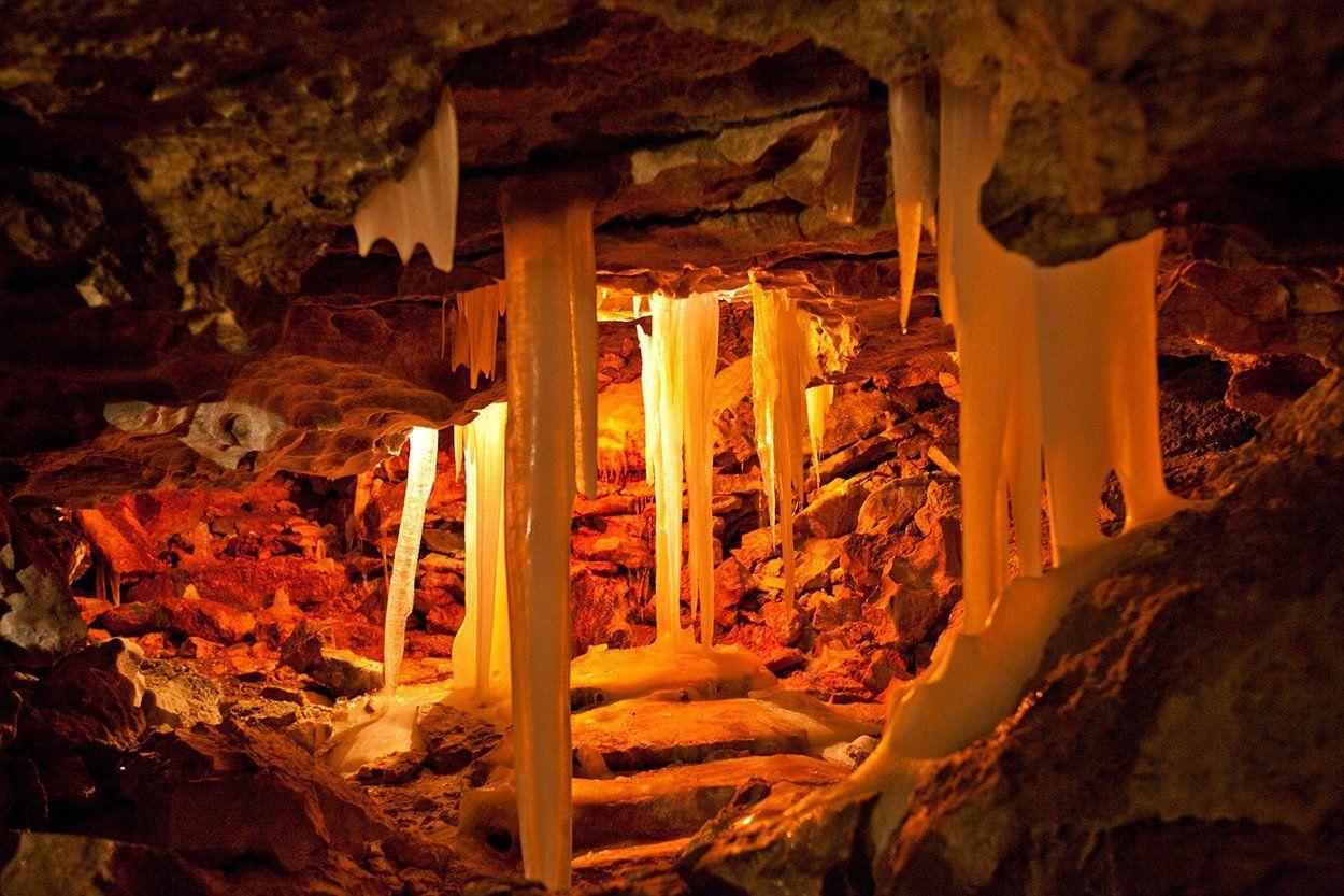 Vintage Bilderdepot selbstklebende Fototapete Grotte in Kungur Ice Cave Russland x cm direkt