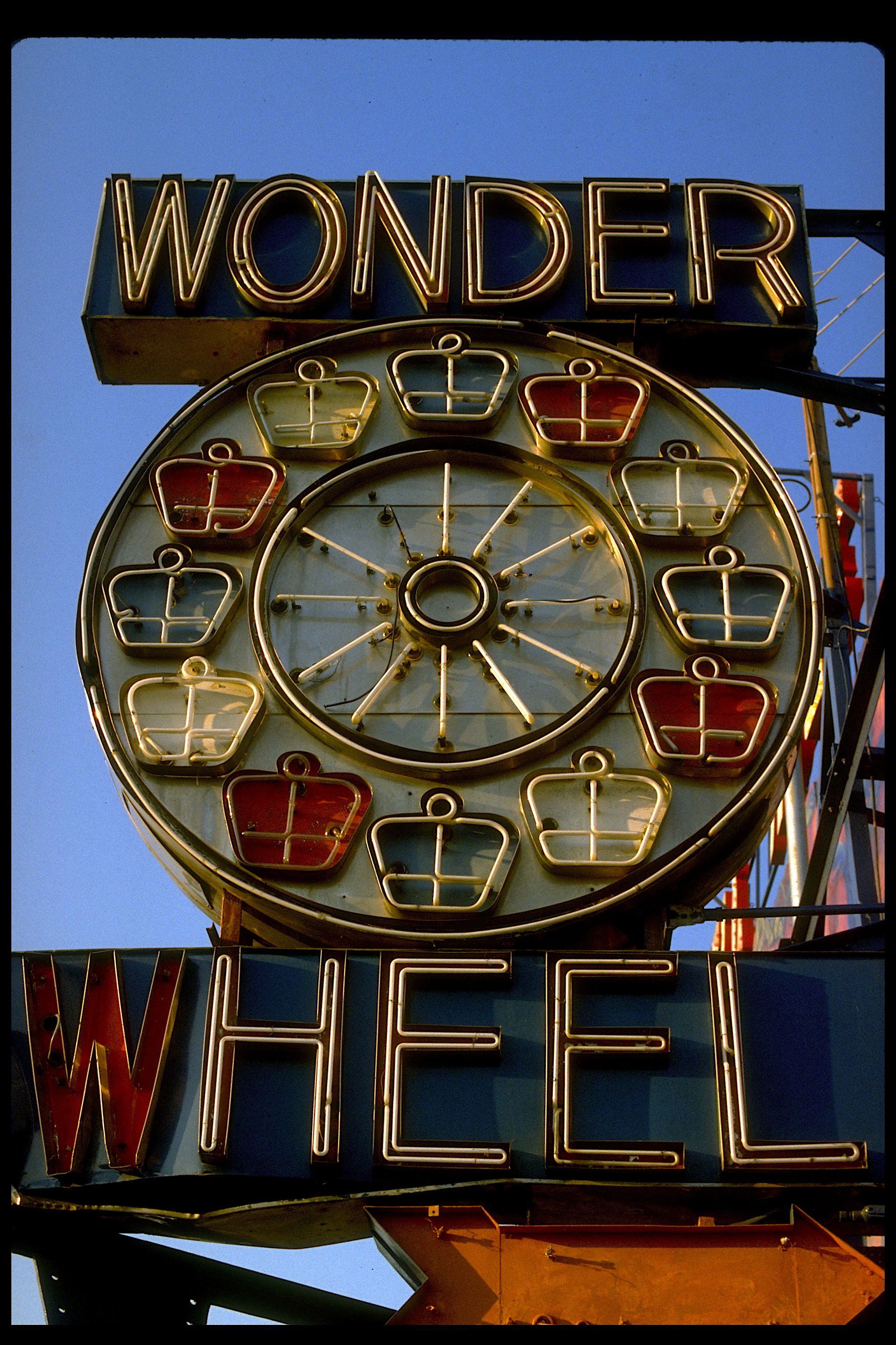 Wonder Wheel Wow