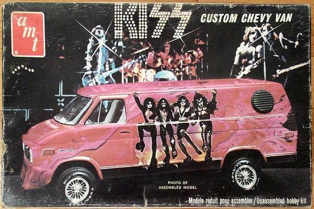 AMT: 1977 KISS Custom Chevy Van Model Kit AMT: 1977 KISS Custom Chevy Van Model Kit -  -