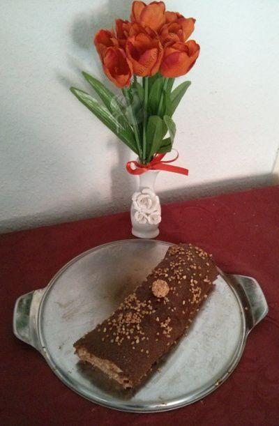 Giotto-Biskuitrolle mit Nougat + Krokant