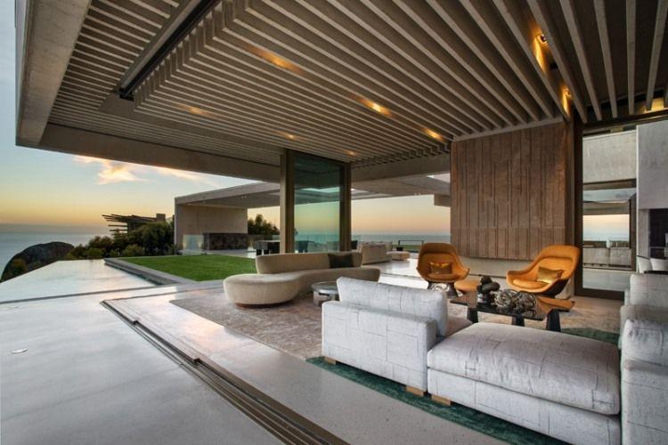 faux plafond bois dans une maison design cape town plafond bois faux plafond et canap droit. Black Bedroom Furniture Sets. Home Design Ideas