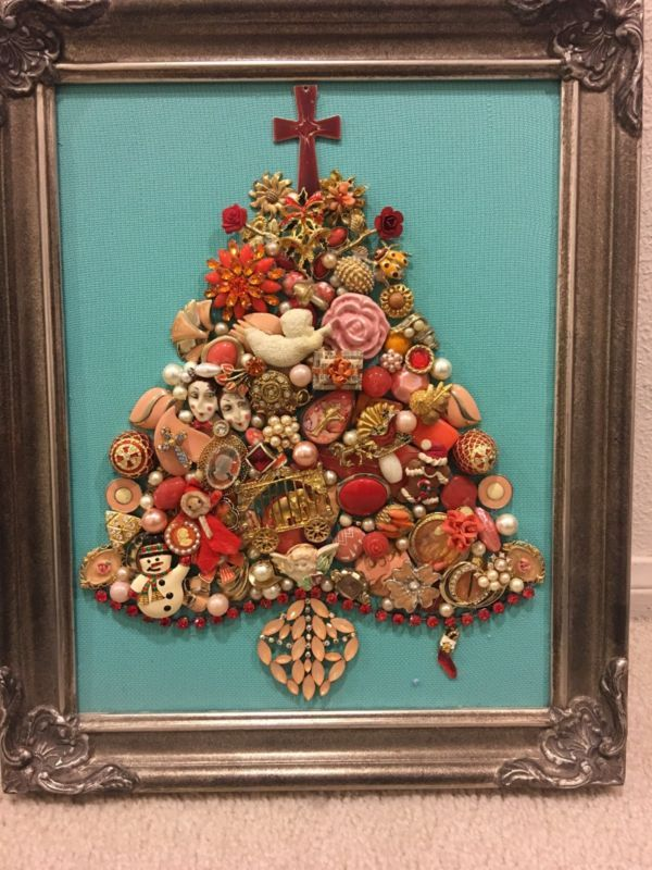 Vintage Rhinestone Jewelry Christmas Tree Framed gift Santa 13x16 Gold Pink Sant