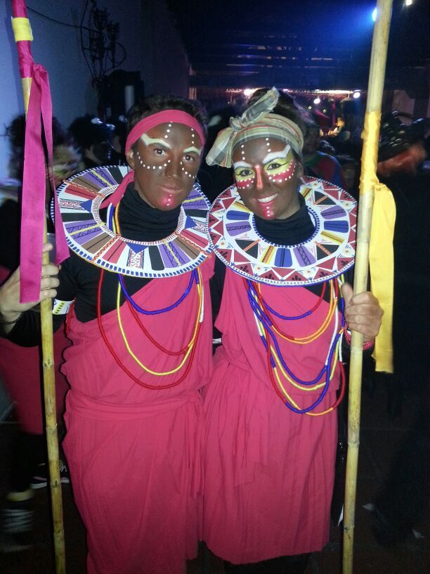 Carnaval: maquillaje y atrezzo de Masai | Africa, Costumes and ...