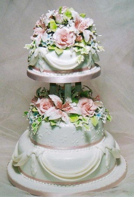 Pink Sugar Roses wedding cake ~ all edible and just lovely!