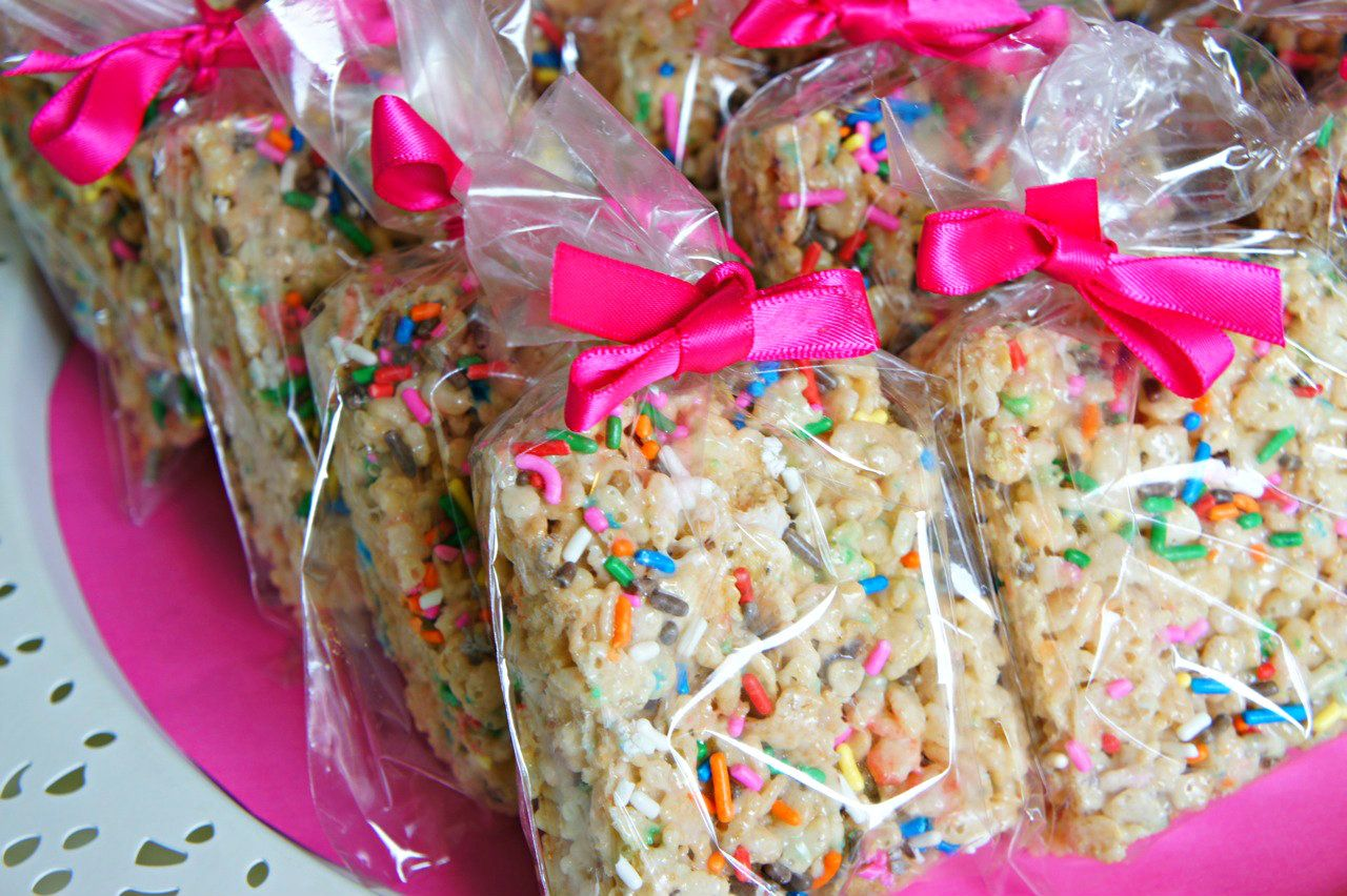 Bake Sale Packaging Ideas | Cake Batter Rice Krispie Treats with Sprinkles. #bakesaleideas