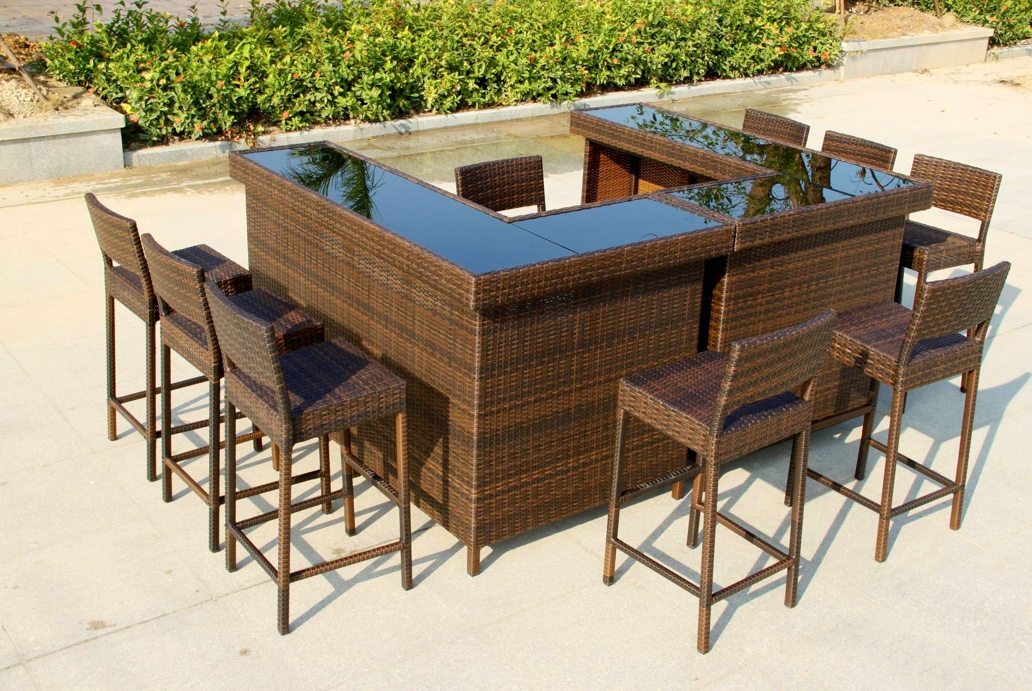 Large 'u' Shape Bar In Mixed Brown Rattan With Stools