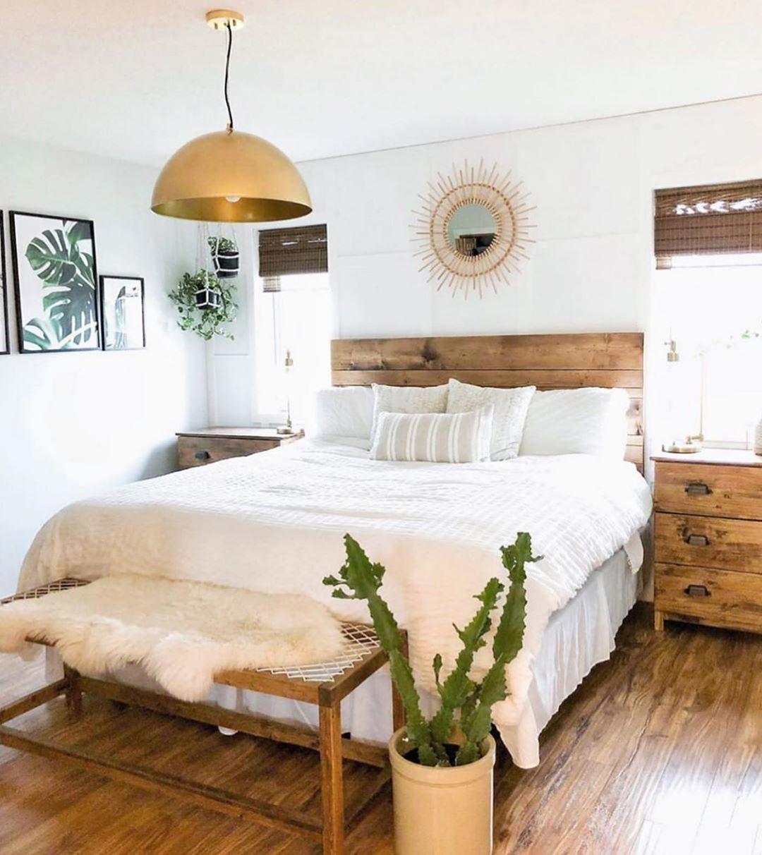 Schlafzimmer einrichten im Holz Design in 2020   Zimmer einrichten, Zimmereinrichtung ...