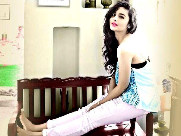 Alia Bhatt Fashion n Style