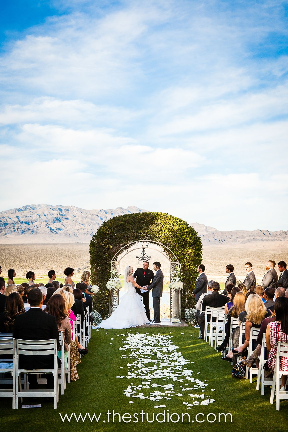Wedding Photo Captured By Studionphoto At The Las Vegas Paiute Golf Resort