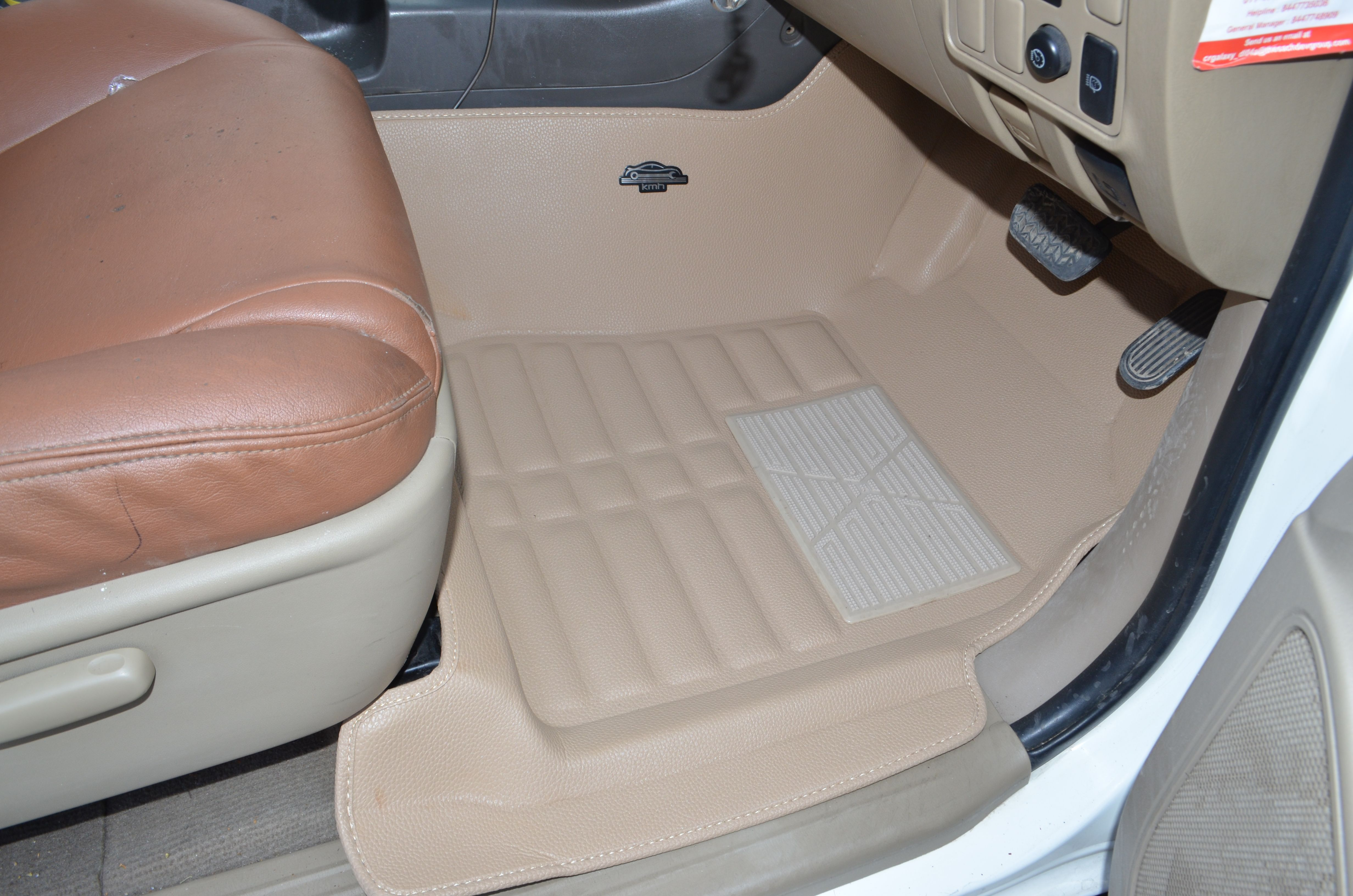 Kmh 5d Mats Fitted In Toyota Fortuner Beige Car Floor Mats
