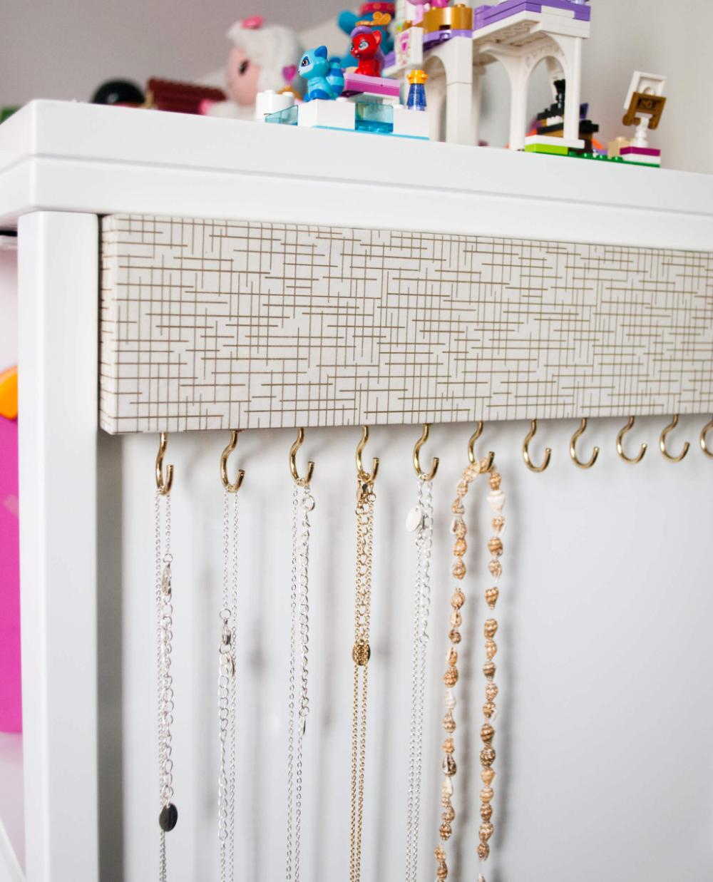 Easy DIY Jewelry Organizer für verwirrungsfreie Halsketten  Merriment Design –