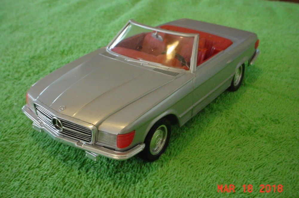 Monogram Mercedes Benz 450 SL Roadster Grey 1/24 Parts or