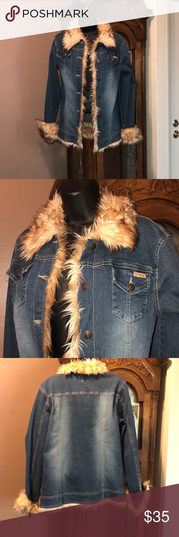 Billabong Hippy Jacket M L Cool Hipster Bohemian Style 70 S Vibes In This Cool Jean Jacket Faux Fur Lined Tag Reads Large But Fi Jackets Line Jackets Denim [ 1740 x 580 Pixel ]