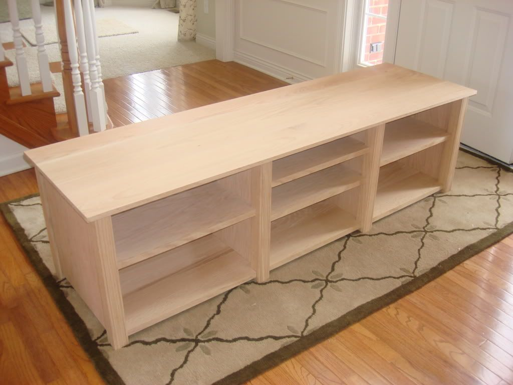 From pallet furniture minwax woodworking project plans it for Diy tv table plans