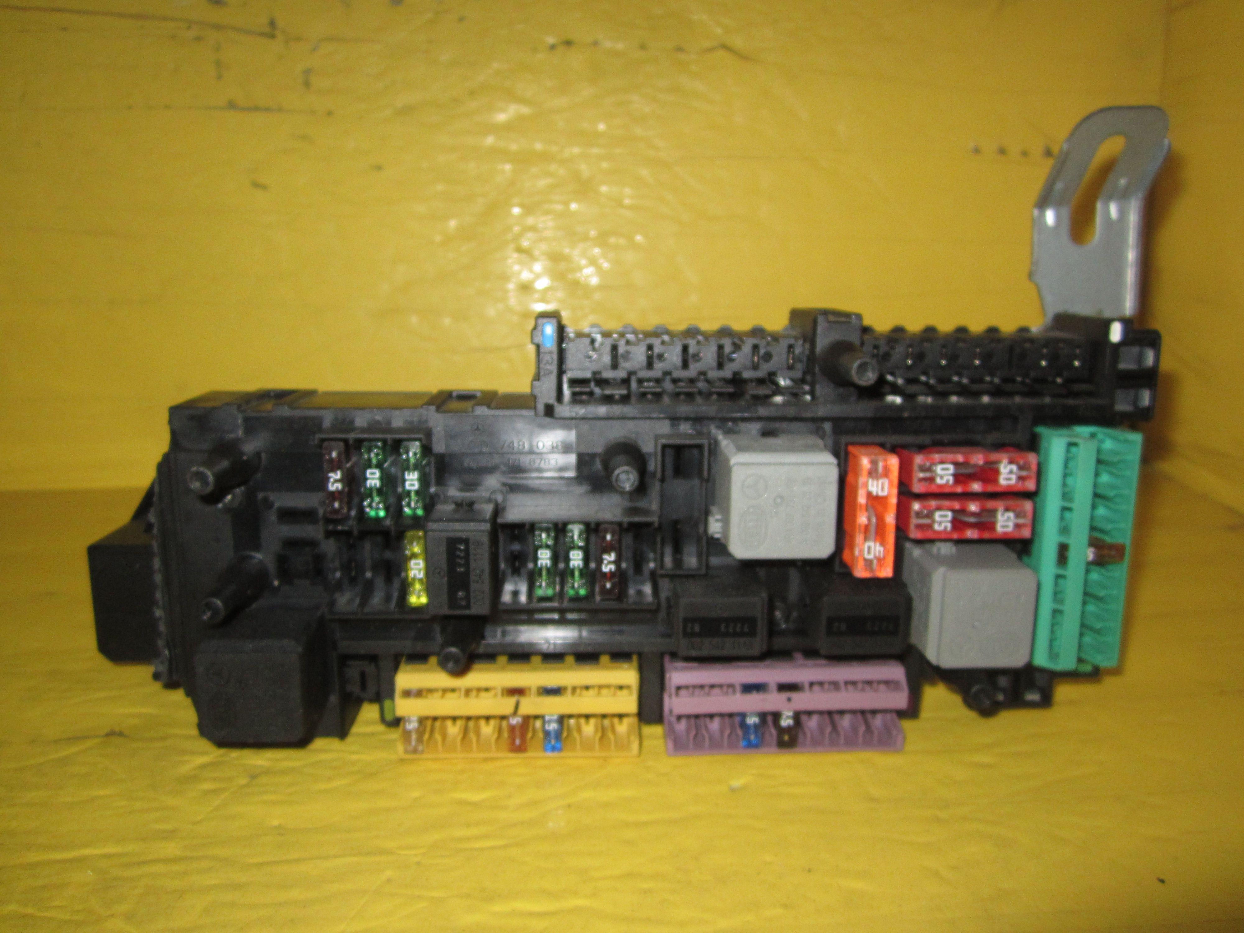 2008 C350 Mercedes Fuse Box Electrical Wiring Diagrams C230 This Is For Benz Please Compare The Part