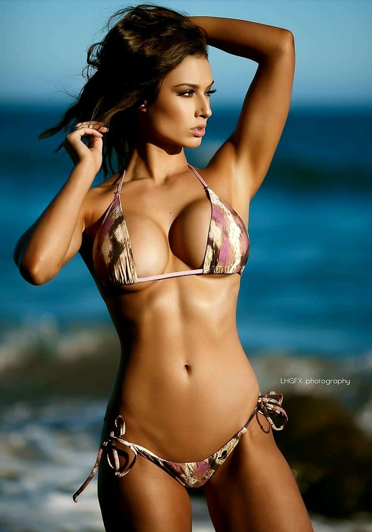 Pin by Beautiful Women Of The World.💕 on Bikini   Swimwear.☀ in ... a0d7ec366147
