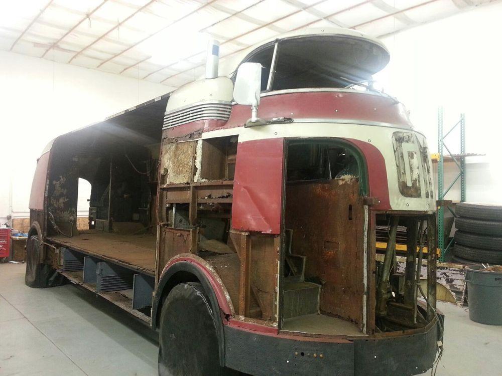 gm futurliner interior google search gm 39 s futureliners pinterest chevy vans gmc trucks. Black Bedroom Furniture Sets. Home Design Ideas