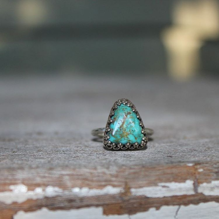 Follow the link in the bio to check out all the new turquoise - stackers and statements! #turquoise #turquoisejewelry #turquoiserings #turquoiseringsfordays #americanturquoise #americanturquoisejewelry #americanturquoisering #ringsforsale #ringsfordays #silver #sterlingsilver #handmadesterlingsilverjewelry #handmadejewelry #howitsmadematters #instasmith #silversmith #metalsmith #allthehashtags #mygypsystore #mygypsystorefamily #mountainmetallurgy