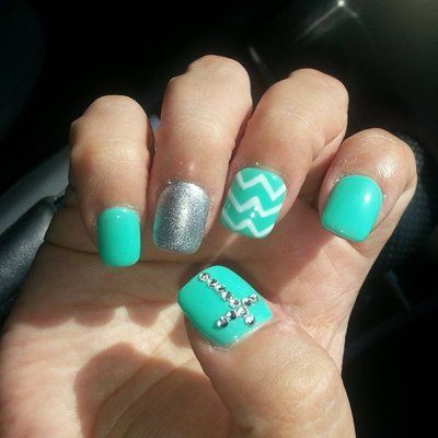 Gel nails with chevron design and rhinestone cross. I have . - Gel Nails With Chevron Design And Rhinestone Cross. I Have