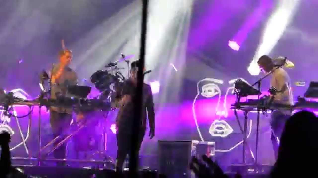 Disclosure Latch Feat Sam Smith West Holts Stage Glastonbury