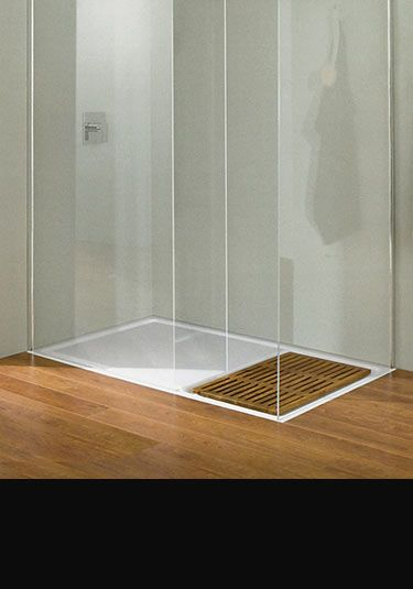 Studio Walk In Shower Tray With Wooden Insert (60K)