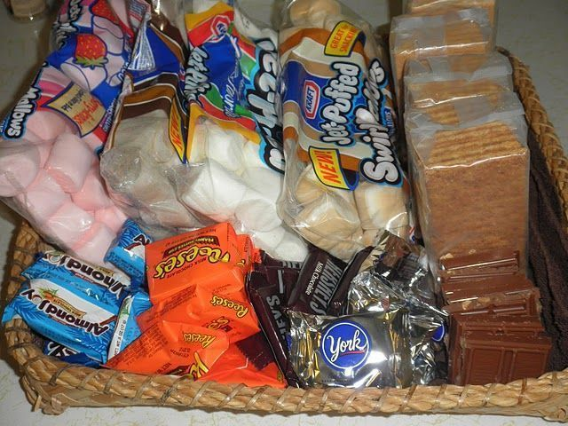 Such a fun idea. Instead of traditional s'mores, offer up a s'mores bar with lots of options like mini candy bars for the chocolate and flavored marshmallows. #flavoredmarshmallows Such a fun idea. Instead of traditional s'mores, offer up a s'mores bar with lots of options like mini candy bars for the chocolate and flavored marshmallows. #flavoredmarshmallows Such a fun idea. Instead of traditional s'mores, offer up a s'mores bar with lots of options like mini candy bars for the chocolate and fl #flavoredmarshmallows