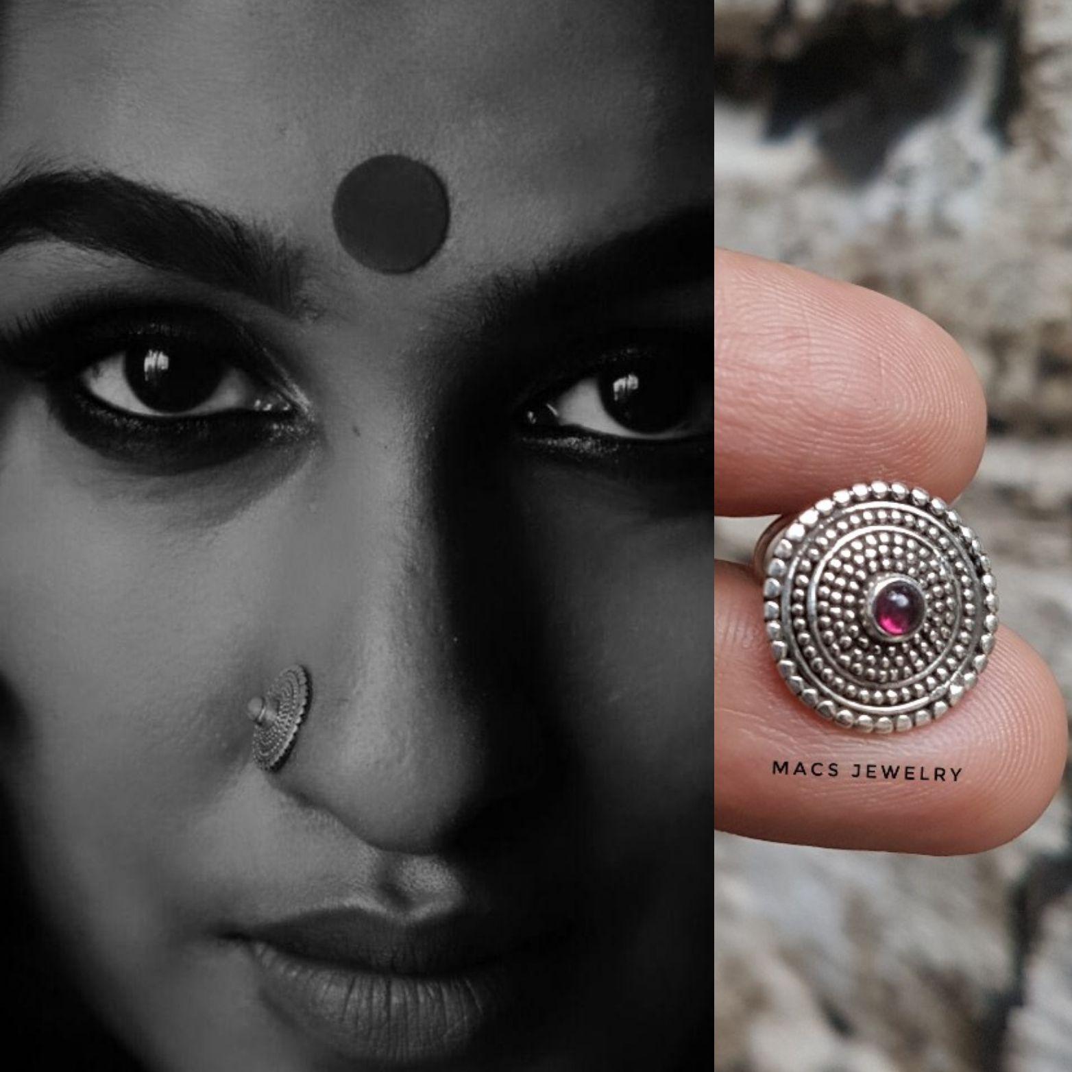 Big Garnet Disc Nose Pin In 2020 Nose Piercing Nose Ring Boho