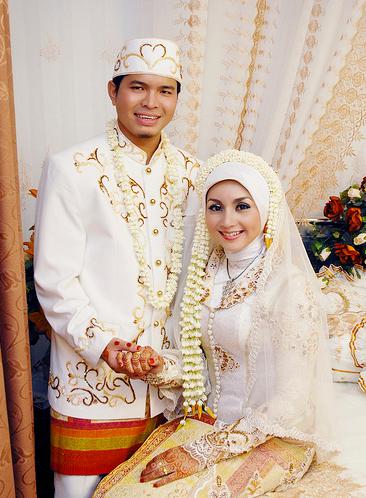 Pengantin Jawa Png : pengantin, Kreasi, Model, Kebaya, Muslim, Untuk, Nikah.., Disini!!!, Muslim,, Pengantin