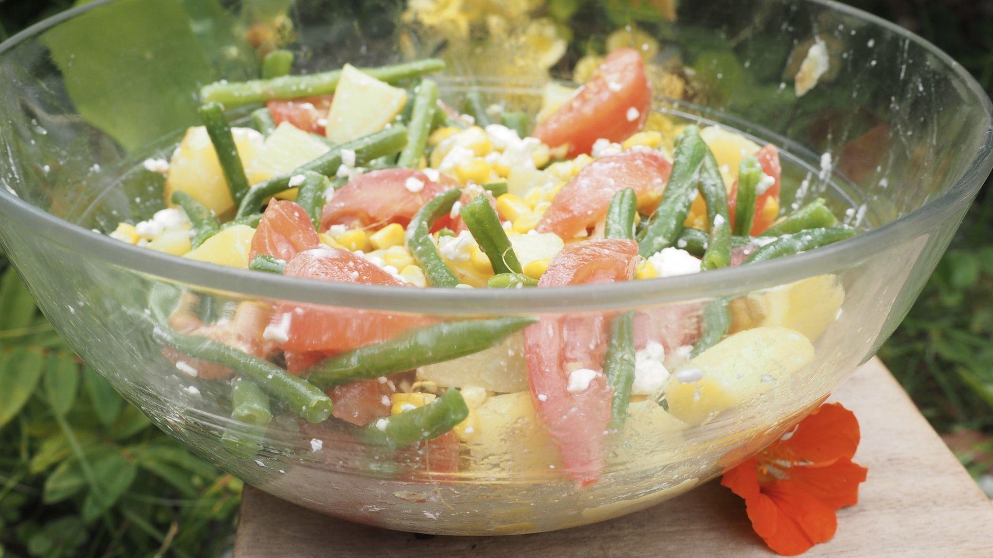 Salade Complète Pour Bébé Et Toute La Famille Cuisinez Pour Bébé Salade Pomme De Terre Salade De Pomme De Terre Froide Salade Haricot