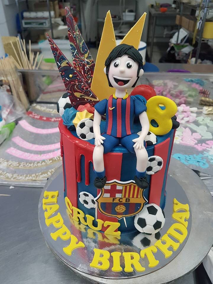 Behind the scenes snap rugby cake football cake cake