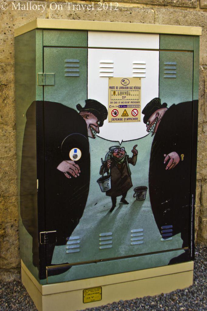travel in france comic street art of