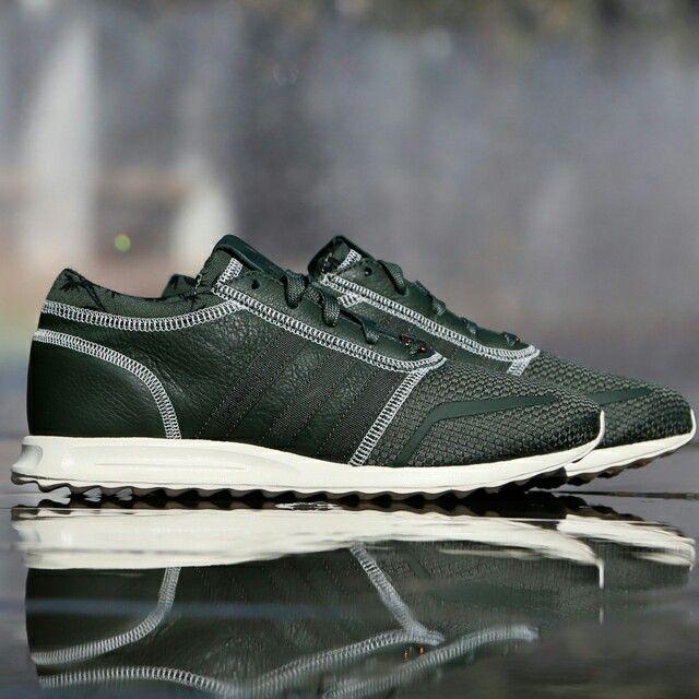 eafacec3c Disponibles en tienda y en la Shop on-line  http   www.capsulesneakers.com zapatillas adidas adidas -los-angeles-57414.html