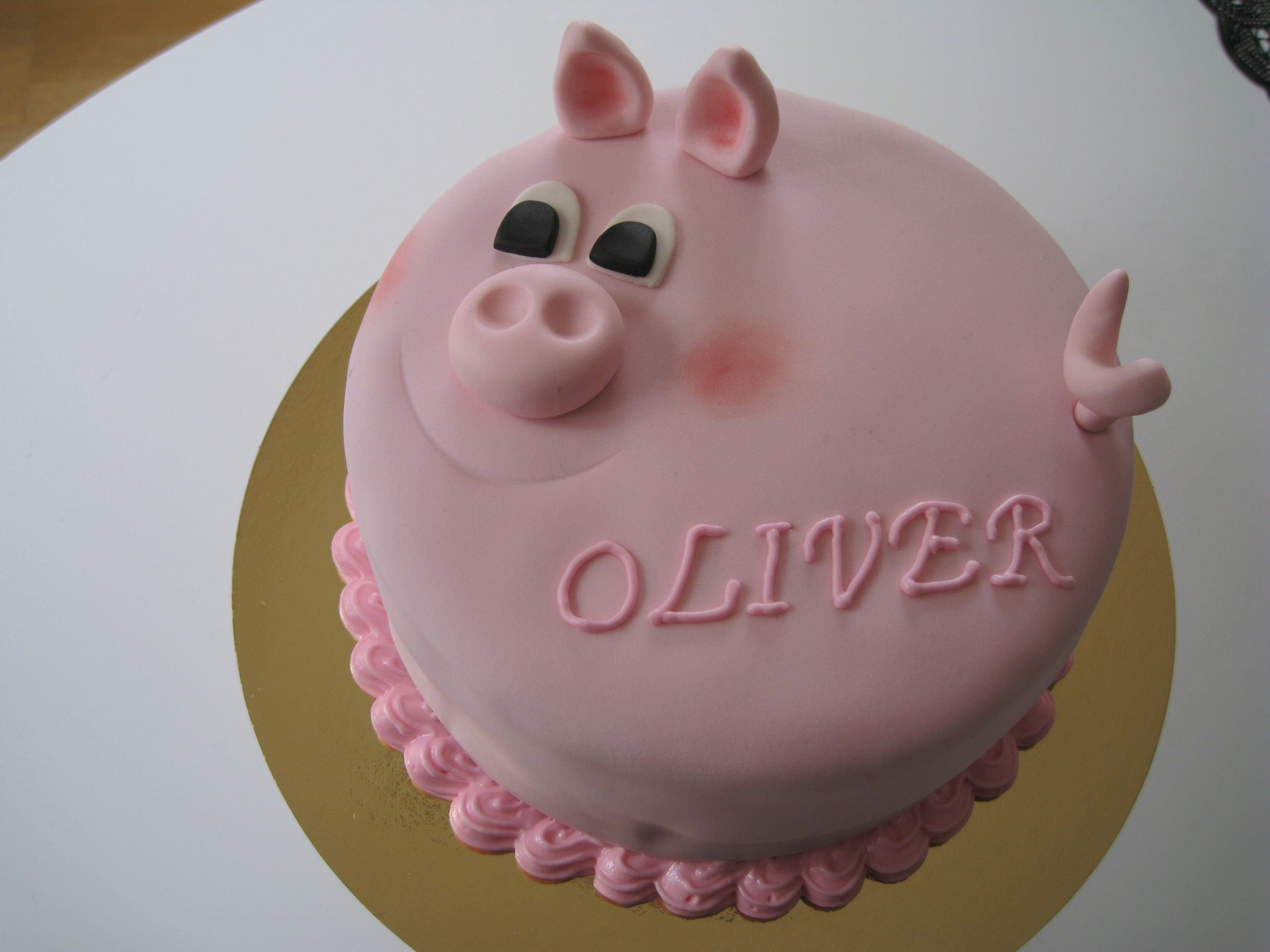 Pig birthday cake For one of my kids who loves pigs My Piggies