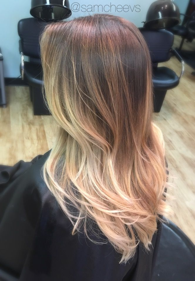 Honey Platinum White Blonde Sandy Warm Tones Long Haircut With Long Layers Balayage Ombre Color Mel White Ombre Hair Balayage Straight Hair Balayage Hair